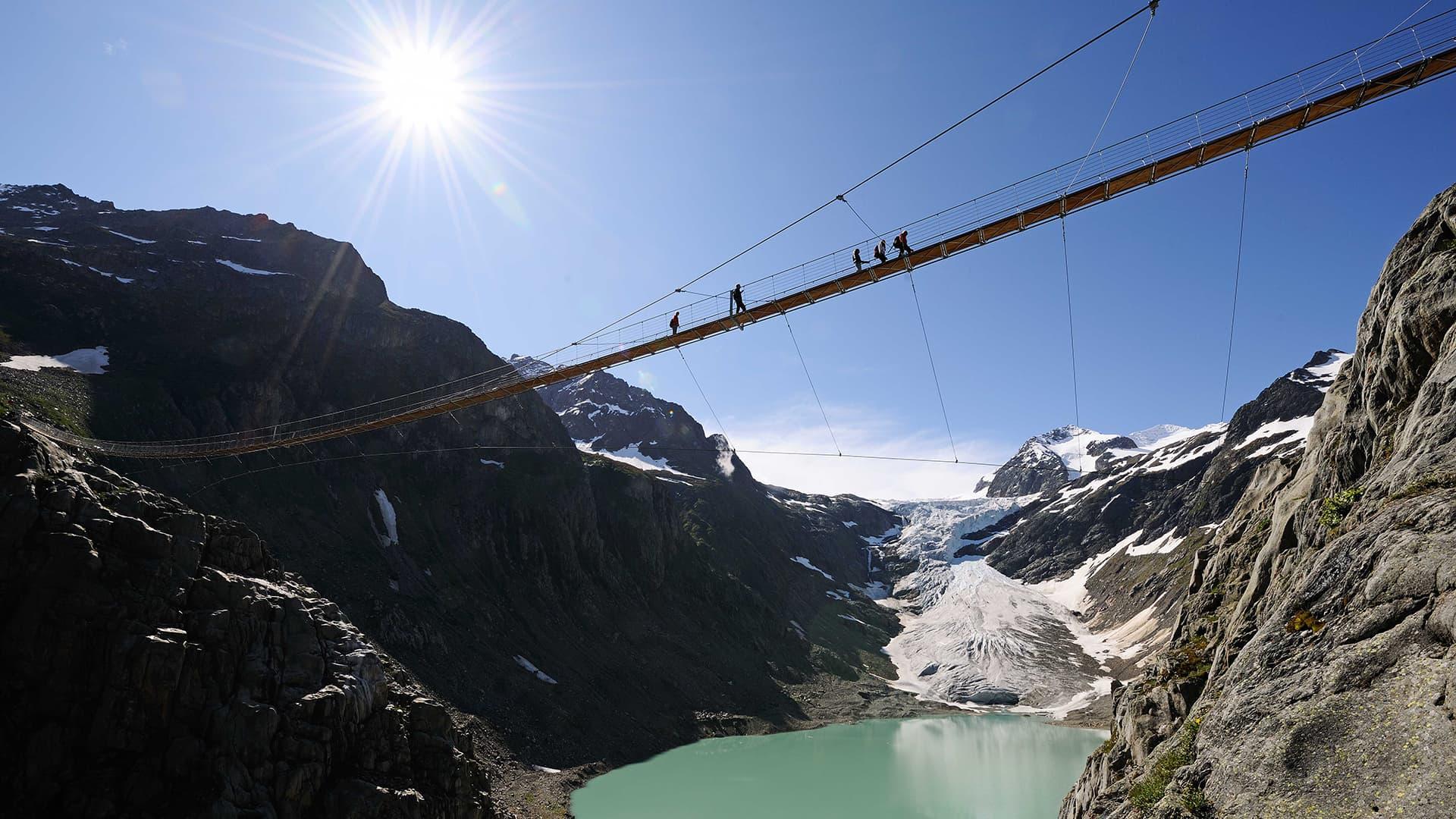 Triftbrücke: Spektakuläres Wandererlebnis